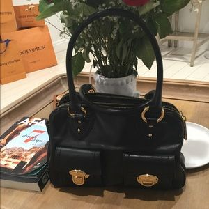 MARC JACOBS authentic black leather purse